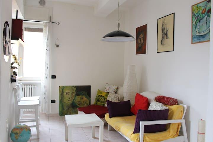 Una camera accogliente, tranquilla e piena di luce - San Martino Buon Albergo - 公寓