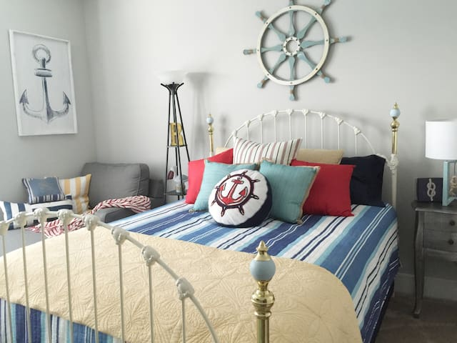 Quiet & Clean Perfect MB location!! - Myrtle Beach