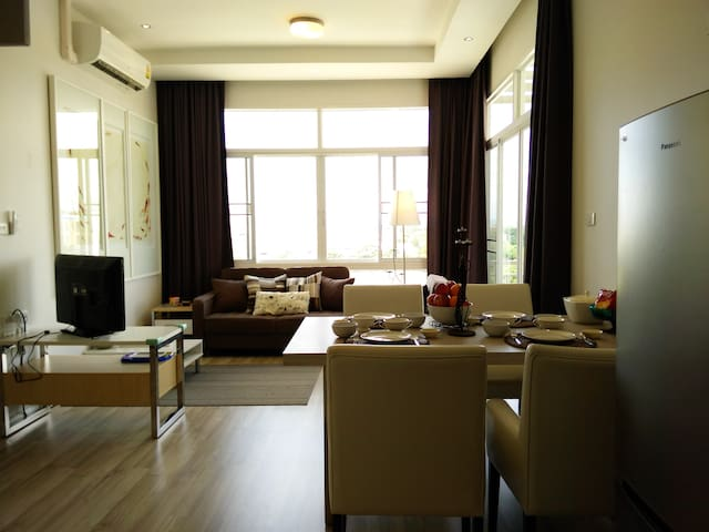 2 Bedrooms Condo with Mountain View - Chiang Mai - Appartement