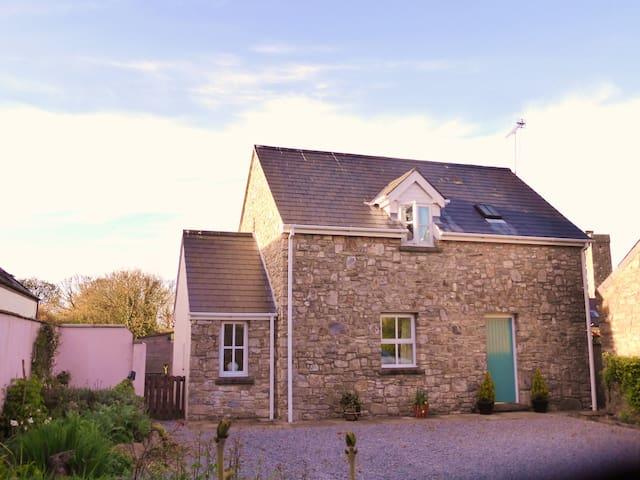 Super Cottage in Rural Coastal Hamlet, Hodgeston - Hodgeston - Casa