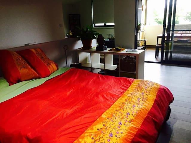 Sunny, spacious and close to marina - Wickham - Appartement