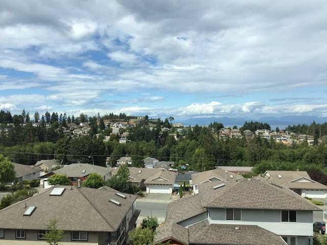 2 bdrms seaview suite with kitchen - Nanaimo - Villa