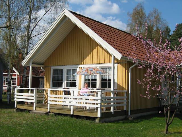 Haus Sonnenschein am See, Müritz-Nationalpark - Userin - Huis
