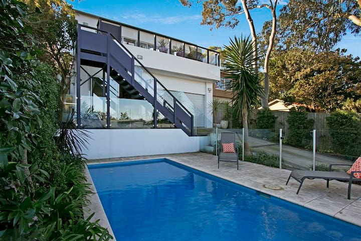 Bronte and Clovelly Beach Apartment w/ Pool - Bronte