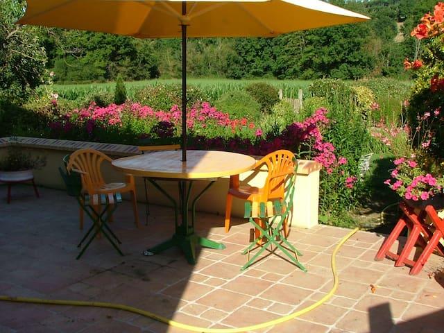 La Chambre Verte dans ma Maison avec Jardin - Mondoubleau - Hus