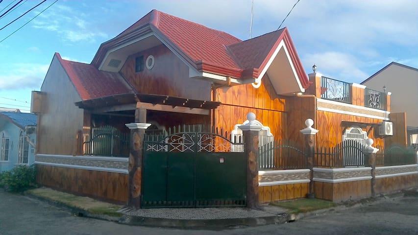 Spacious, Private Guest House in Tacloban City - Tacloban City - Casa