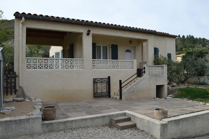 Villa de plain pied avec 3 chambres - Saint-Jean-de-Fos - 獨棟