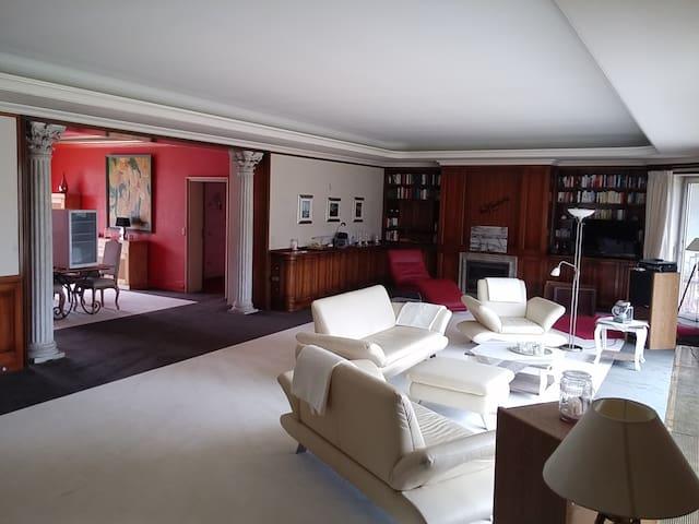 Villa mit Auffahrt - Bad Pyrmont - Ev