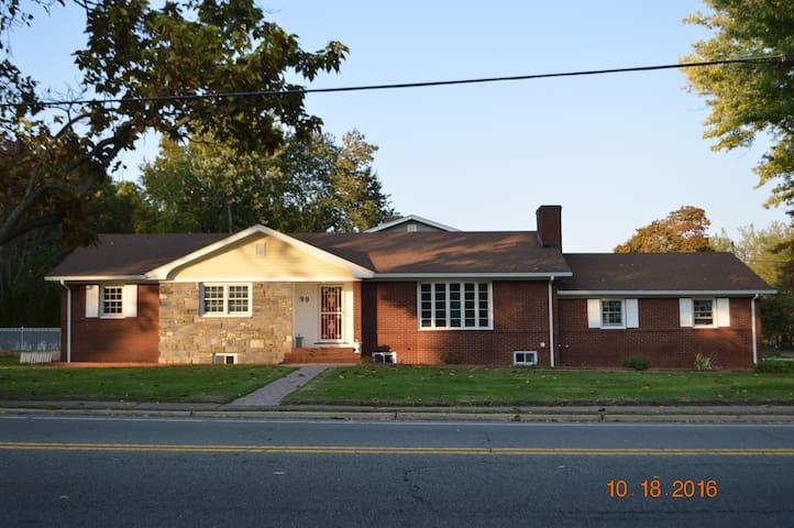 Beutiful new construction single familly home. - Township of Washington - Huis