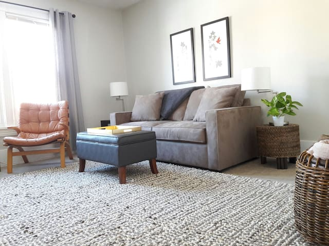 Private,Comfortable,Open,Upper Level - Minneapolis - Appartement