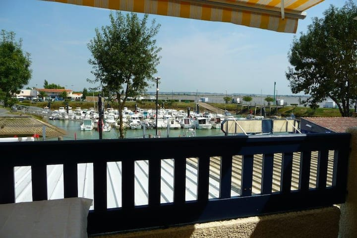 Apartment with See view - Meschers-sur-Gironde - Lägenhet