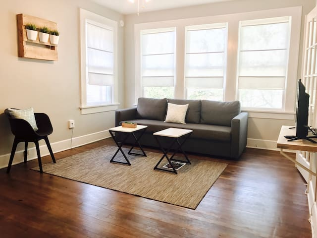 Studio 7 + Lower-Greenville Ave - Dallas - Apartament