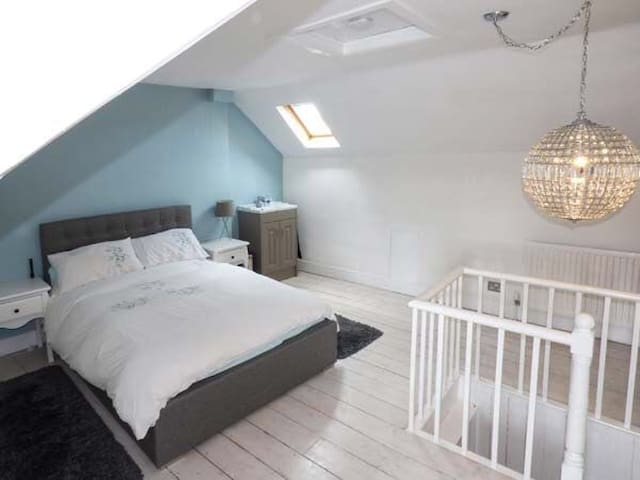 Cosy 3 bedroom Townhouse in the centre of Stamford - Stamford - Huis