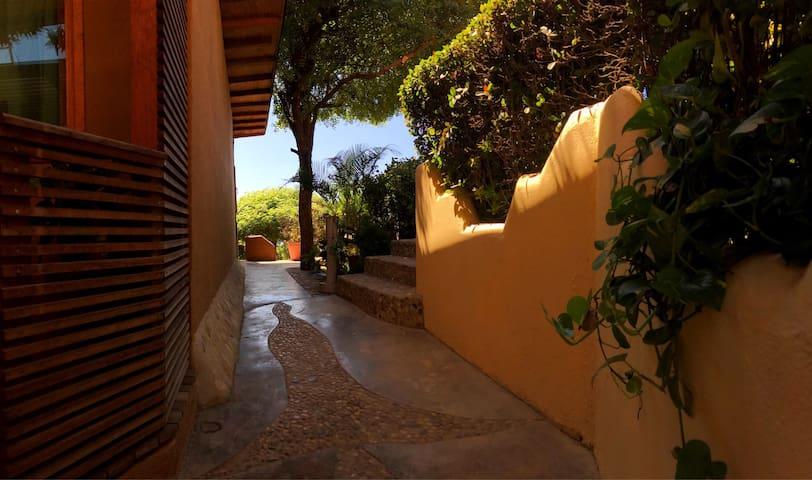 Beautiful & unique casita with view - Puerto Escondido - Maja