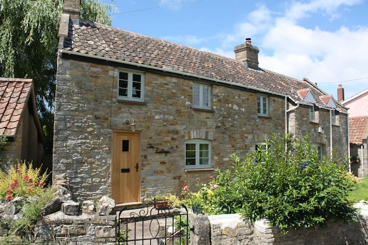 Peaceful Cottage in Wedmore - Somerset - Bed & Breakfast