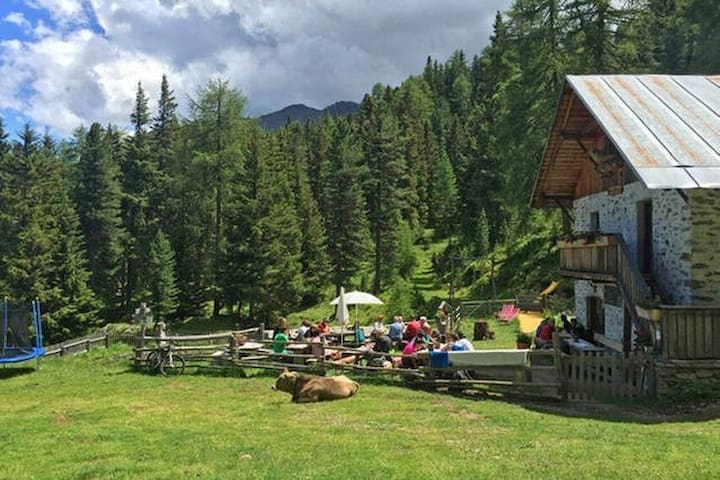Alm mit 6Bett Schlafraum  natur pur - Kastelbell-Tschars - Bungalo