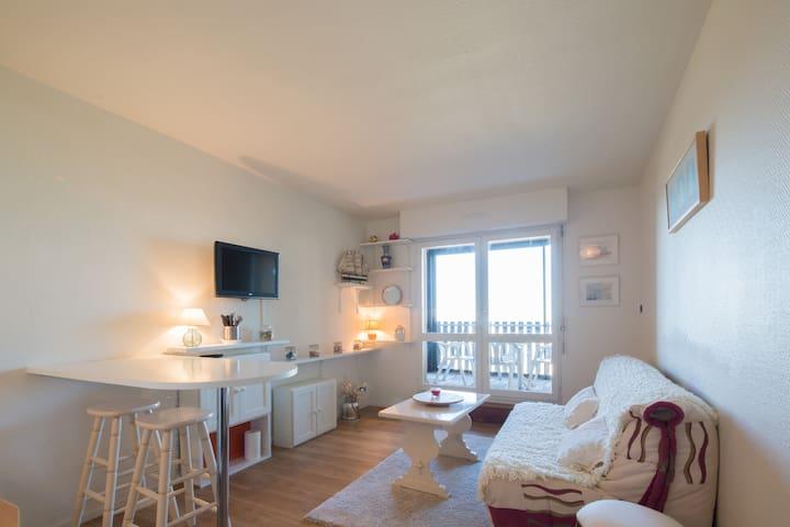 Agréable T2, 1er étage, 50m de la plage, vue océan - Lacanau - Appartement