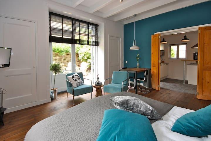 Sfeervol logement in hartje Sneek - Sneek - Lägenhet