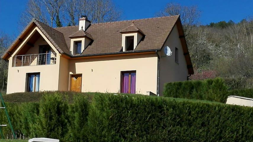 Chambre, Piscine, Jacuzzi - Verrey-sous-Salmaise - Casa
