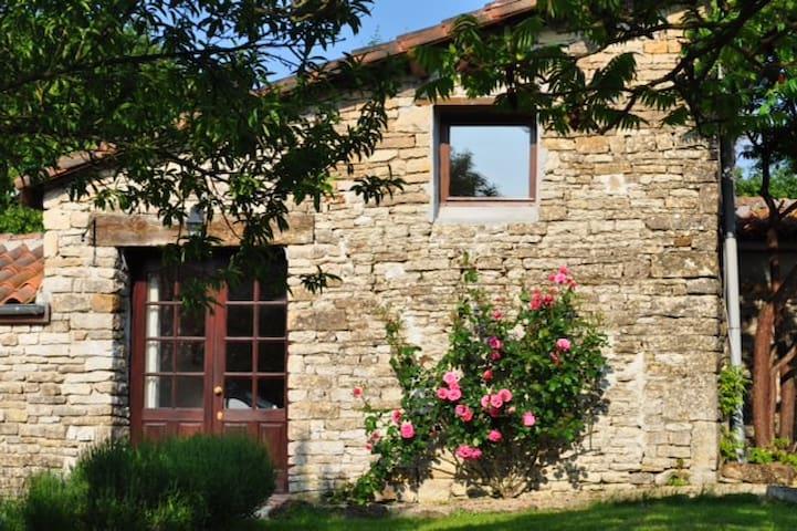 Olive cottage with shared pool - Brettes - Ev