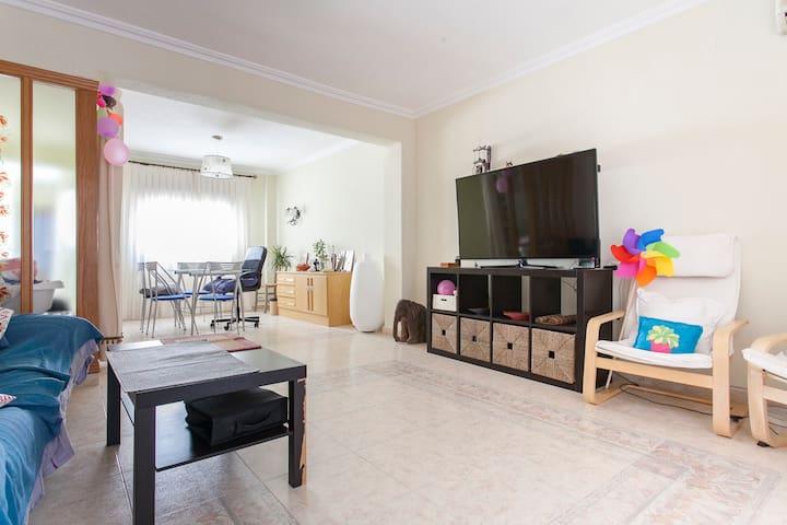 Double Room with Desk - Elda - Leilighet