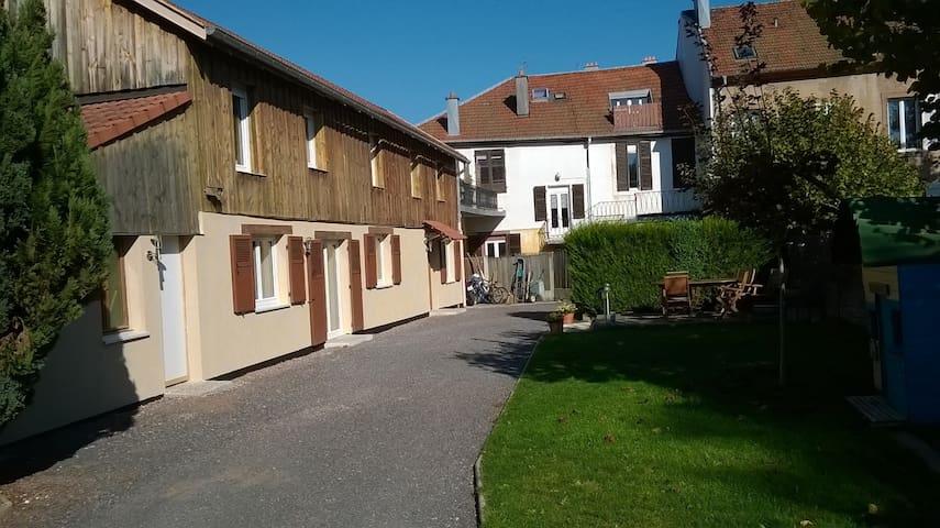 Maison 110 m2 au calme, en centre ville - Saint-Dié-des-Vosges - Ev