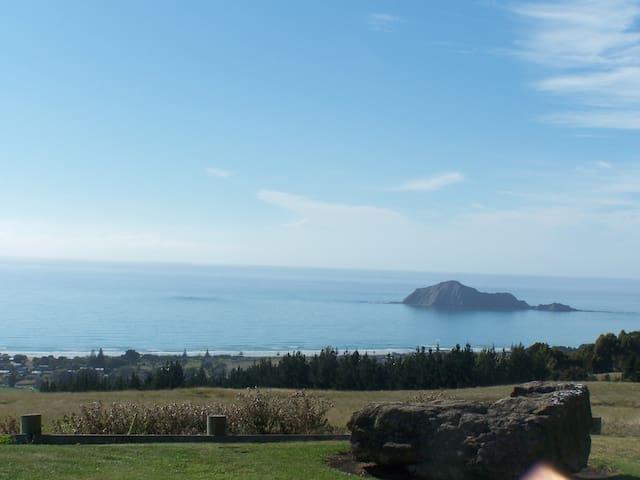 Coastal views, an ever changing canvas - Waimarama