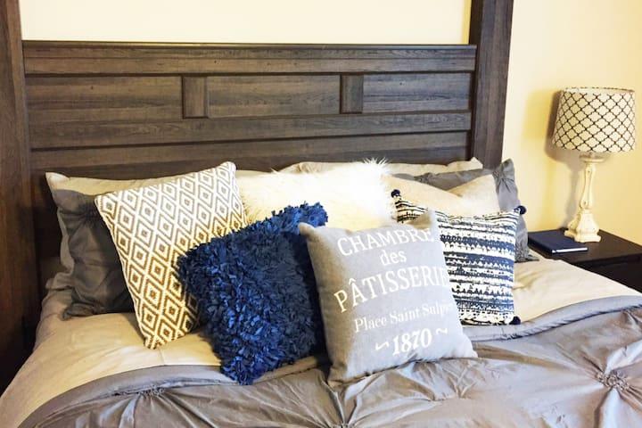 Cozy & Spacious XL Suite - Central to DFW! - North Richland Hills - Dům