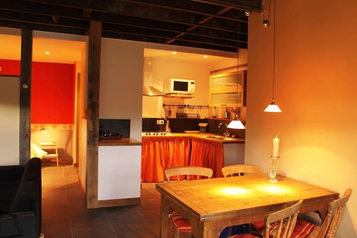 Gezellig apartement in gehucht - Anost - Квартира