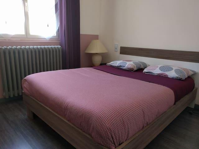 chambre à louée à sisteron - Sisteron - Gjestehus