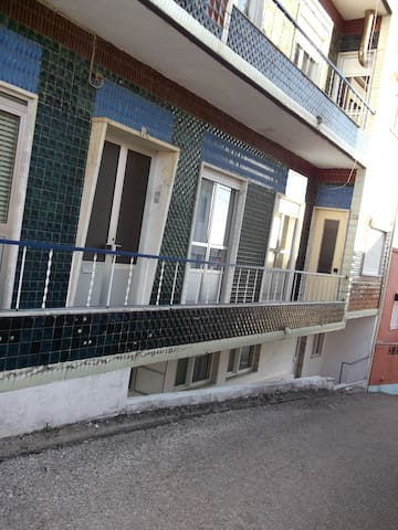 Single room in flat - Tomar - Daire