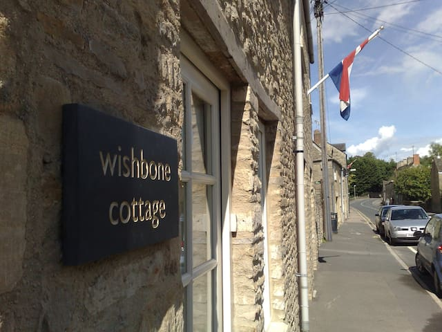 Wishbone Cottage In The Cotswolds - Fairford - Huis