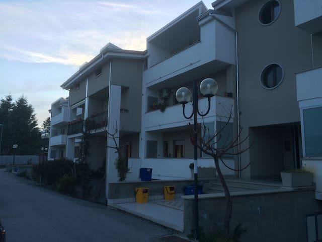 Accogliente appartamento - Villa D'agri - Квартира