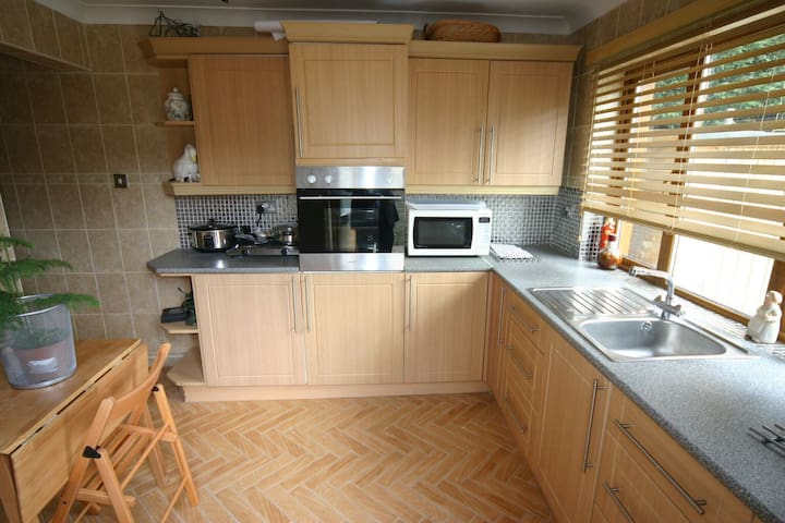 The Garden Apartment at Bryngower - Llanrhidian - Appartement