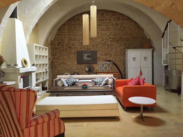 Beautiful Arabesque House in Qormi - Qormi - Dom