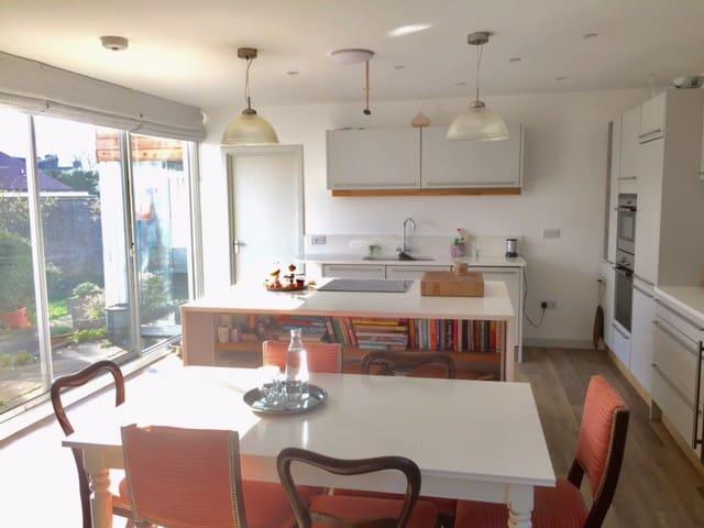 Entire house in the seaside village of Gullane - Gullane - Hus