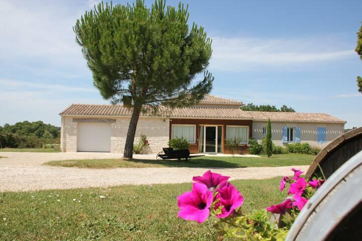 Chambre d'hôte avec piscine entre Bergerac & Eymet - Flaugeac