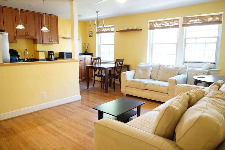 Stylish 1 bedr. corner apt in Georgetown/Palisades - Washington - Departamento