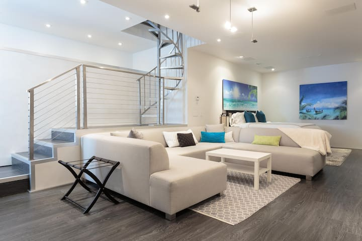 Ultimate luxury awaits you by LAX - Los Angeles - Haus