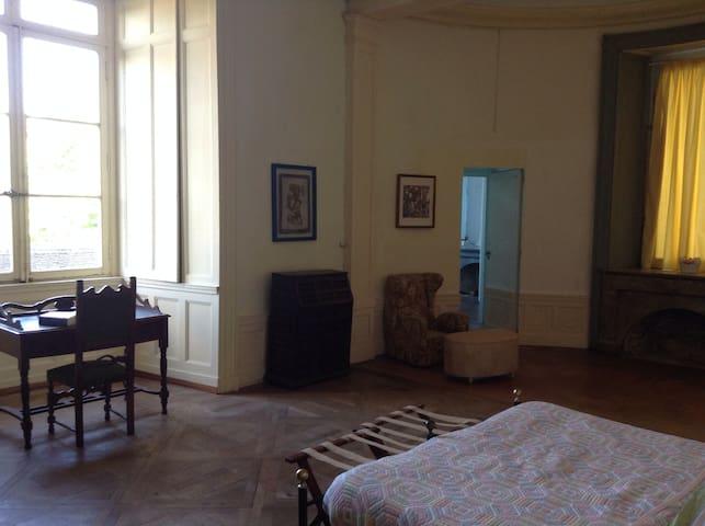 B&B Le Chateau de Frasne - Stanza 3-4 - Frasne-le-Château - Szoba reggelivel
