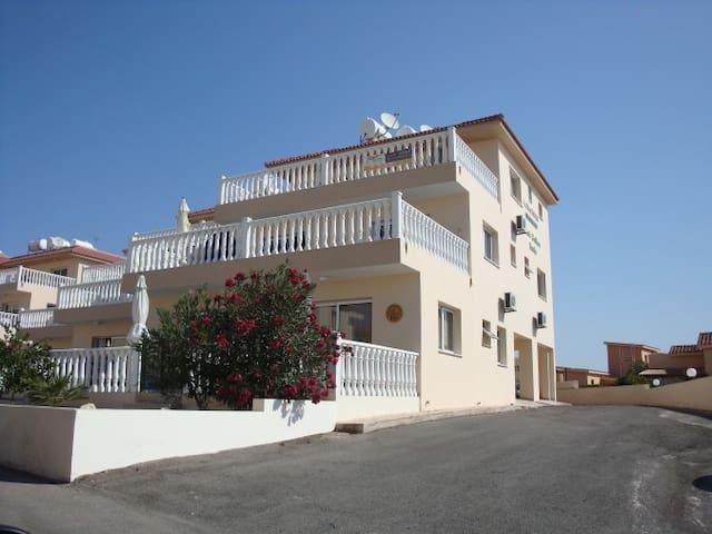 1 bedroom apartment near Nissi Beach - Ayia Napa - Apartamento