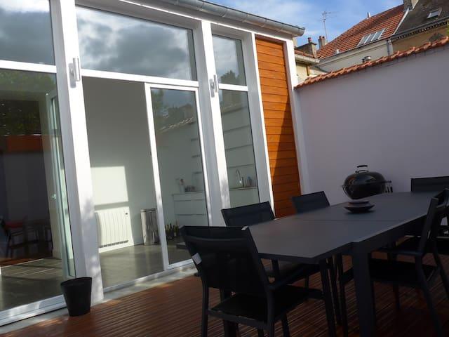 Maison contemporaine, proche centre ville - Reims - Huis