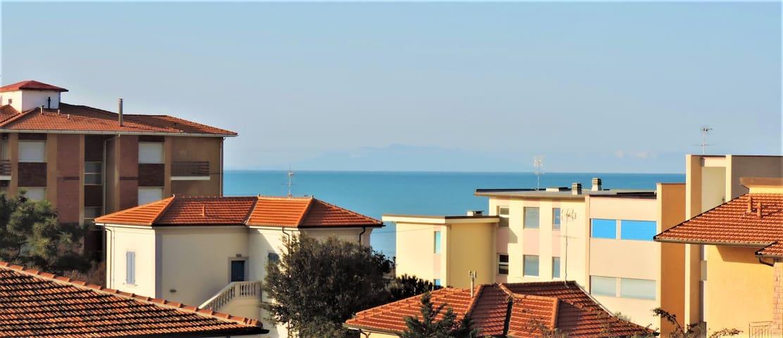 Una terrazza sul mare - Marina di Castagneto Carducci - Byt