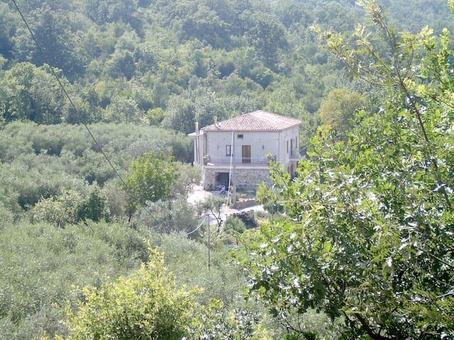 2 camere matrimoniali  con bagno in - Felitto - Oda + Kahvaltı