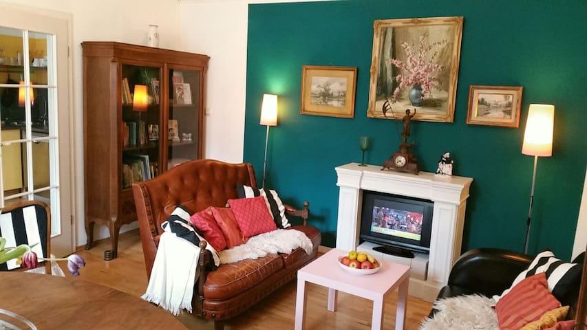 Exklusiv-charmante 2-Zi.-Wohnung EG - Ratisbona - Casa