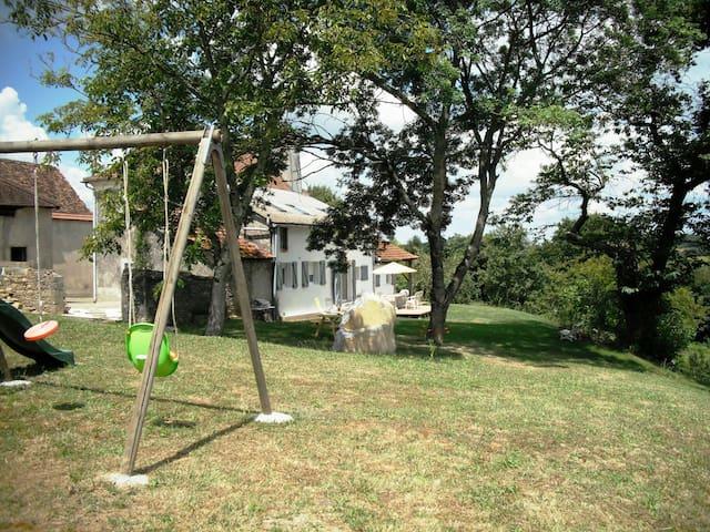 "Location campagne nature ""Maison pocq"" - Salles-Mongiscard - Semesterboende"