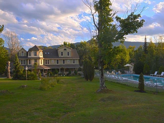 The Washington Irving Inn - cozy Catskills B&B - Tannersville - Bed & Breakfast