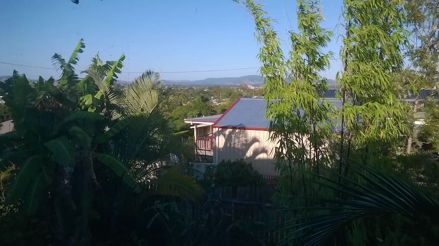 relaxed space with views - Gympie - Apartamento