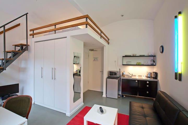 Berlin Studio Loft (207) - Berliini - Hotellipalvelut tarjoava huoneisto