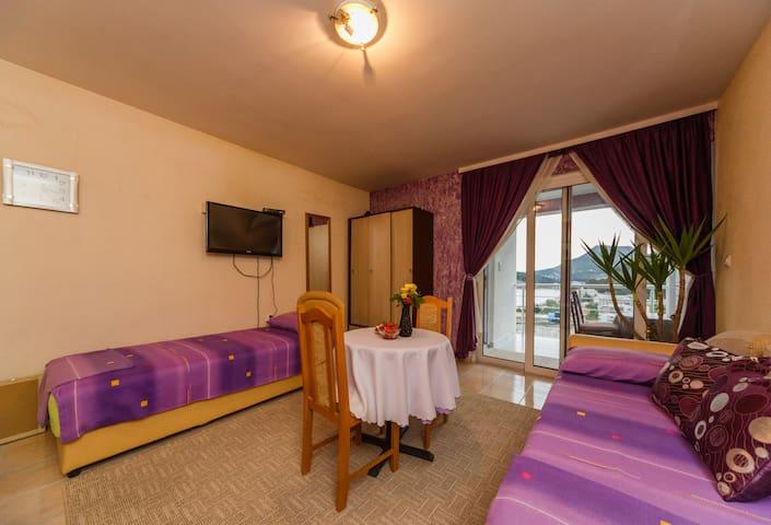 Vista Del Mare - Sutomore - Apartment
